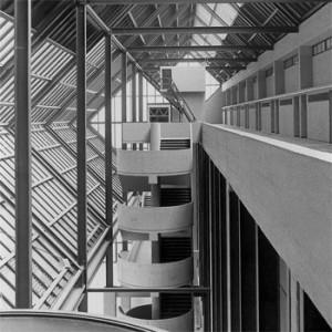 1971 – Napoli, Palazzo di Giustizia (realizzato nel 1990)